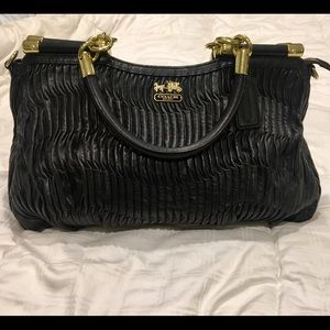 AUTHENTIC Coach Madison Carrie Gathered Leather